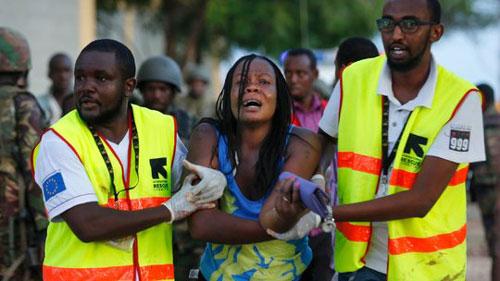 هجوم على جامعة في كينيا وقتل 147 مسيحي بعد فصلهم عن الطلاب المسلمين