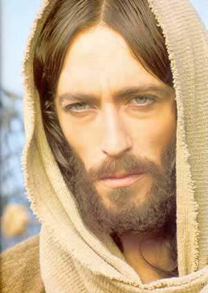 8 اختلافات سريعة بين بوذا والمسيح لمن يقولون أن المسيح هو شخصية مأخوذة من بوذا!