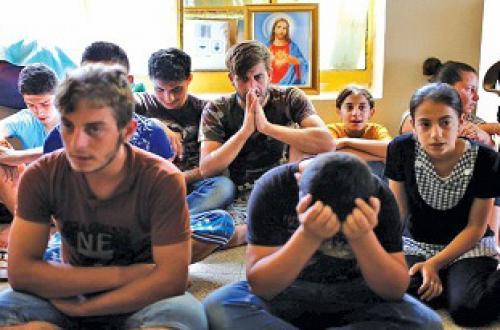 بيان من داعش يدعو المسيحيين بالعودة للموصل وحصلوهم علي التعويض والامان بشرط إعتناقهم الإسلام
