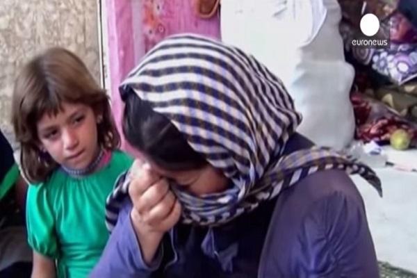 مقاتلو داعش يصلون قبل وبعد اغتصاب القاصرات