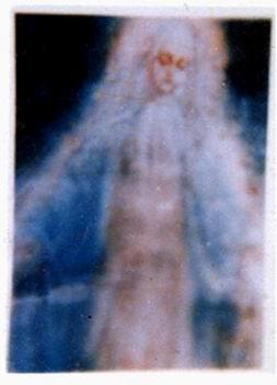 ظهور السيدة العذراء بأسيوط عام 2000، القصة الكاملة ممن شاهدوها بالفيديوهات والصور الموثقة