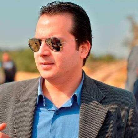 رامي جلال عامر يثبت أن أوراق الإمتحانات التي عرضتها الوزارة أنها لا تخص مريم بالإعتماد على الخط بالدليل، ويحرج الوزارة