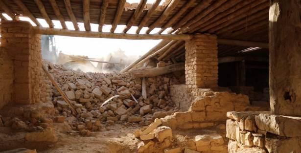 """بالصور: داعش يهدم دير مار إليان لأنه """"يعبد من دون الله"""""""