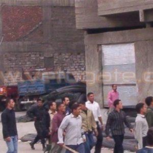 """أعداد كبيرة تحاصر كنيسة العذراء بقرية """"العلا"""" بالعامرية والإعتداء على منازل الأقباط والأهالي يستغيثون بالأمن"""