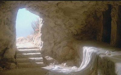 كيف نوفق بين الأقوال المختلفة عن قيامة يسوع؟