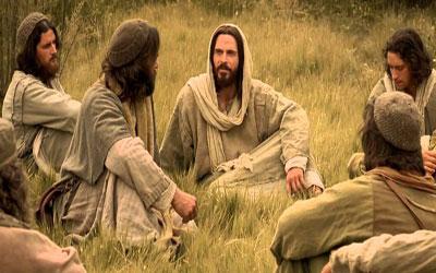 لماذا يقول المسيح أعداء الإنسان أهل بيته؟