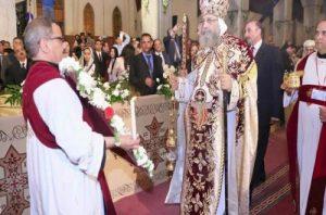 الكنيسة احتفالات عيد الميلاد 7 و8 يناير بسبب السنة الكبيسة