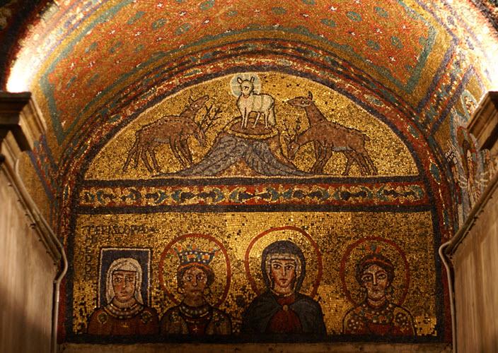 خدمة النساء في الكنيسة الأولى، المرأة في الكنيسة الأولى (العصر الرسولي نموذجًا)