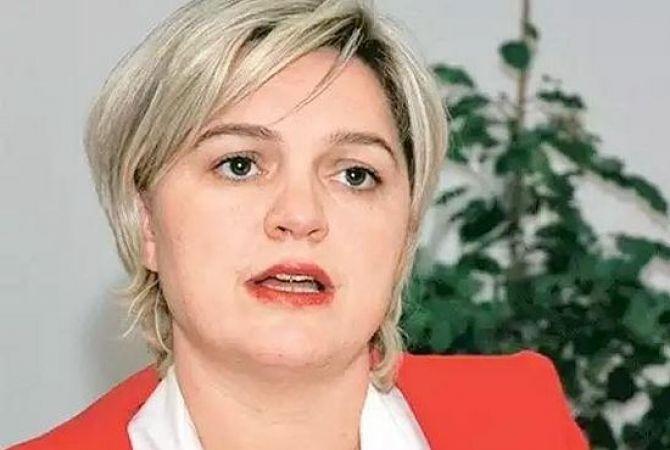 نائبة في البرلمان التركي تعتنق المسيحية