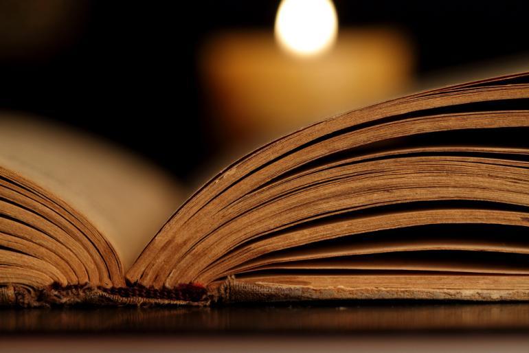 أساطير حول مخطوطات العهد الجديد ومناقشتها والرد عليها