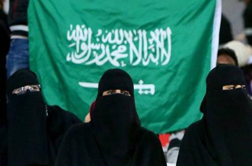 """علماء السعودية يصدمون المرأة في ذكرى عيدها بفتوى : """"المرأة من فصيلة الثدييات ولها نفس حقوق الجمال والماعز"""".. وجمعيات نسائية ترحب : إنتظرنا كثيرا للخروج من مرتبة """"الأشياء"""""""