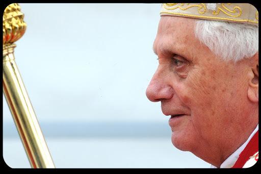 """فضيحة قيلَ أنّها هزّت الكنيسة الكاثوليكية وأظهرت حقيقتها """"المظلمة"""" وأنّها كانَت من الأسباب الرئيسيّة لاستقالة البابا بنديكتوس"""