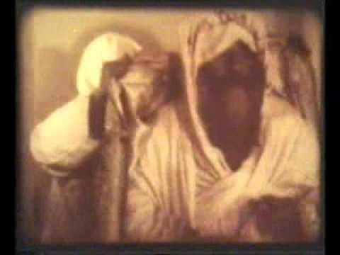 فيديو قديم ونادر لقداسة البابا كيرلس السادس متأملاً في الصحراء بمناسبة عيد نياحته 9 مارس