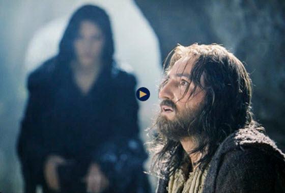إليكم ما قاله الممثل الذي لعب دور المسيح في فيلم الام المسيح