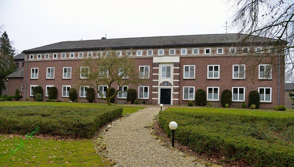 لأول مرة .. تأسيس دير قبطي في هولندا