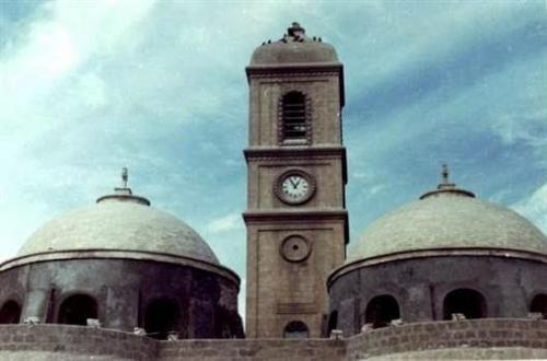 عاجل: داعش يفجر كنيسة الساعة في الموصل - العراق