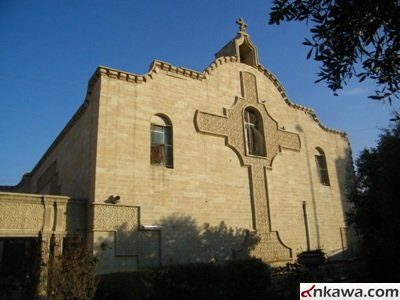 داعش تدمّر كنيسة وتحولها إلى جراج للسيارات