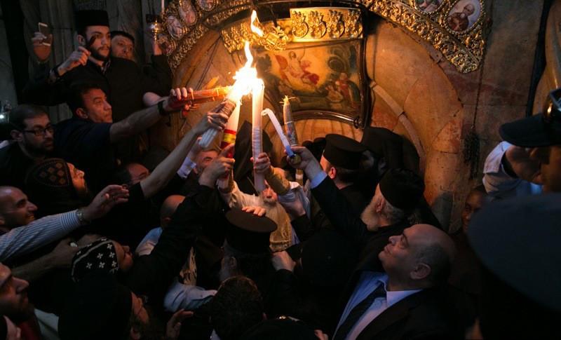 كيف يُحسب موعد عيد الفصح في التّقويمَين الشّرقيّ والغربيّ؟
