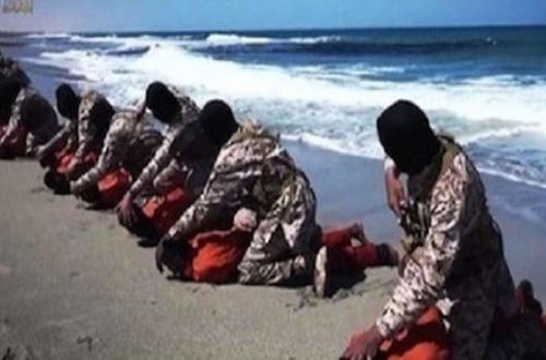 """عاجل   """"داعش"""" يذبح 16 مسيحيا بليبيا رفضوا اعتناق الإسلام"""