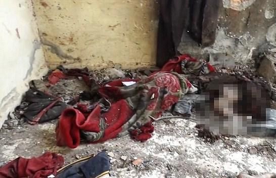 بالصور.. «داعش» ينبش يدمر قبور المسيحيين بسوريا
