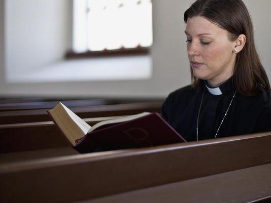 حقوق المرأة الاجتماعية والاقتصادية فى المسيحية