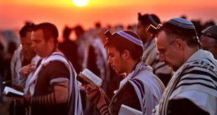 الخلفية اليهودية لصلوات السواعي في الكنيسة المسيحية