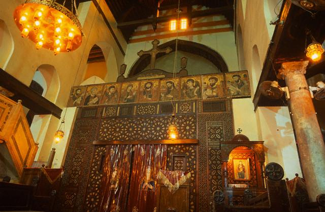 الملامح الوثائقية والليتورجية لكنيسة الإسكندرية في الثلاثة قرون الأولى