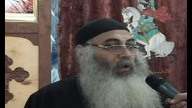 بالفيديو القس رافائيل موسى قبل إستشهاده يروي مأساة أقباط سيناء مع جماعة بيت المقدس الإرهابية