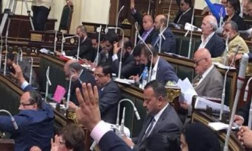 أعضاء حزب النور بالبرلمان يمتنعون عن التصويت على بناء الكنائس