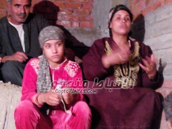 بالصور .. رحلة هروب أقباط كوم اللوفى بسيارة ربع نقل من المنيا للقاهرة