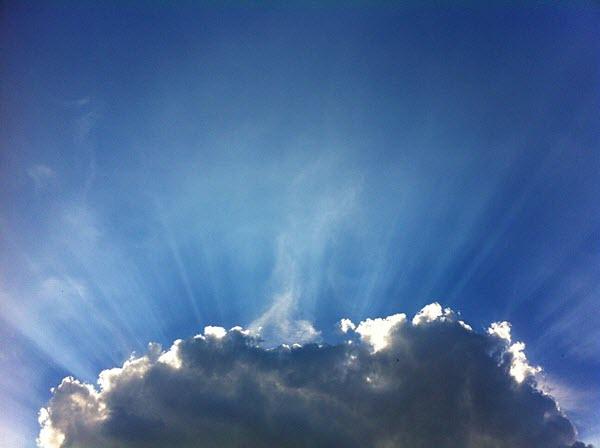 لماذا يخفي الله نفسه ؟ لماذا لا يكشف ذاته بوضوح ؟ فكر باسكال وتعليق بيتر كريفت