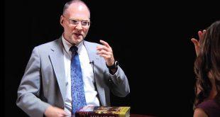 كريج كينر - أستاذ العهد الجديد - يحكي لنا عبوره من الالحاد الي المسيحية