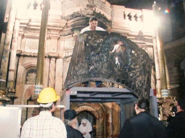 ماذا اكتشف الباحثون خلال ترميمهم قبر المسيح؟