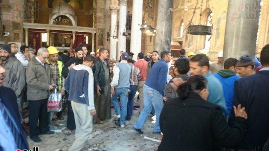 بالصور.. انفجار قوي فى محيط الكاتدرائية بالعباسية وسقوط قتلى وجرحى