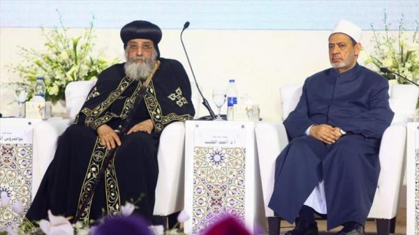 شيخ الأزهر أمام تواضروس: الإسلام يُدان وحده والتطرف المسيحي يمر بسلام