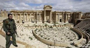 شاهد.. لحظة فرار مسلحي داعش من «تدمر» بعد تحريرها