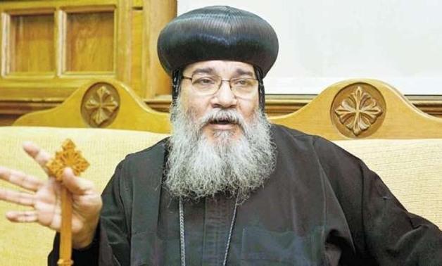 الأنبا مكاريوس : قوات الامن عملت كمين لمنع الكاهن من دخول القرية لصلاة القداس