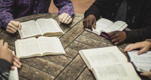 الخلفية التاريخية والمادية والثقافية للكتاب المقدس