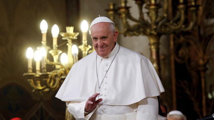 البابا فرنسيس في زيارة تاريخية لمصر ويقيم قداس في ستاد القاهرة الدولي