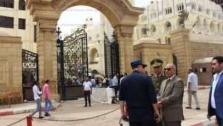 شاهد للكبار فقط أشلاء رأس الانتحاري منفذ انفجار كنيسة طنطا +18