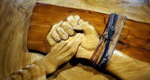 المسيح المتألم - دكتور مجدي وهبه