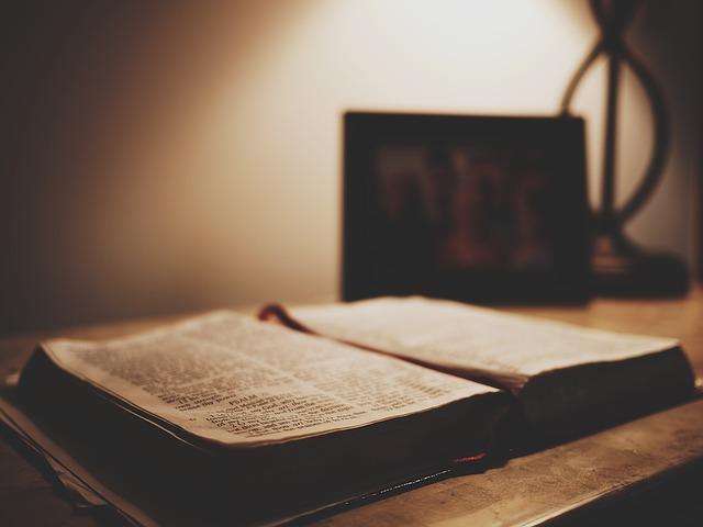 إله العهد القديم - النظرة الشعبية له كإله عنيف