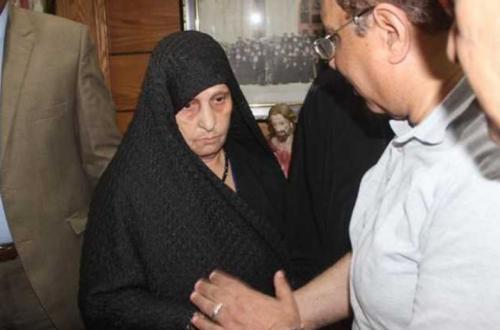 """بعد الحكم بسجن نجلها.. """"سيدة الكرم"""" : اللي بيحصل دة حرام .. وربنا مش هيسيب حقى وحق ابنى المظلوم"""