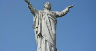 من هو يسوع: الله؟ أم مجرد معلم أخلاقي عظيم؟