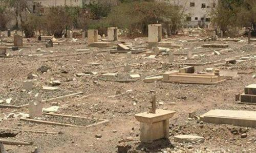 متطرفون يحطمون مقابر المسيحيين في اليمن
