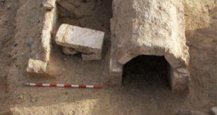 العثور على كنيسة أثرية رومانية بمركز كوم أمبو خلال مطاردة منقبى آثار