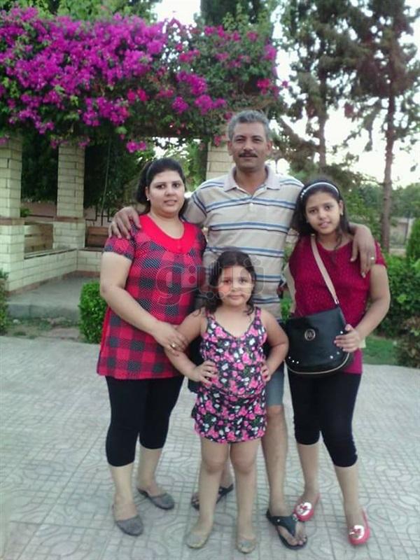 "بالصور | ""نرمين صادق"" تفدى بناتها.. استشهدت بـ4 طلقات في هجوم كنيسة حلوان"