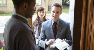 ما هي الفروق الرئيسية بين الأرثوذكسية وهرطقة شهود يهوه؟