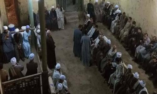 أحد الشيوخ بقرية الطود: لن نسمح بوجود كنيسة ومن قدم أوراق التقنين يجب طرده ..صور
