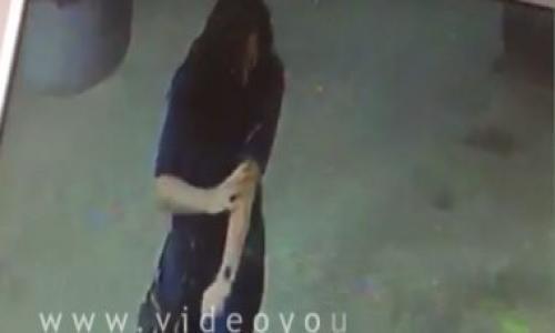 فيديو.. لحظة تعدى سفاح روض الفرج على سيدة بسلاح أبيض